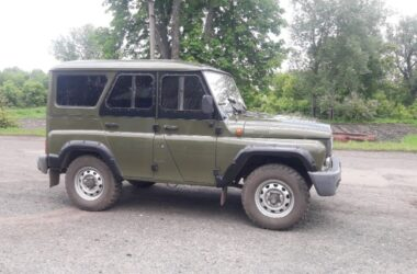 ГАЗ 31519