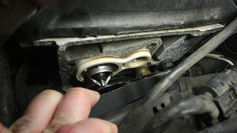 Замена термостата на MINI Cooper S